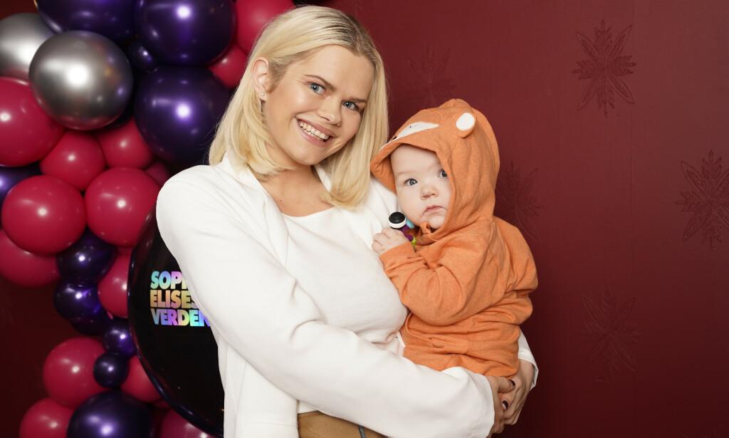 ANSETTER AU PAIR: Toppblogger Julianne Nygård, bedre kjent som «Pilotfrue», åpner opp om familiens beslutning om å ansette en au pair. Foto: NTB Scanpix