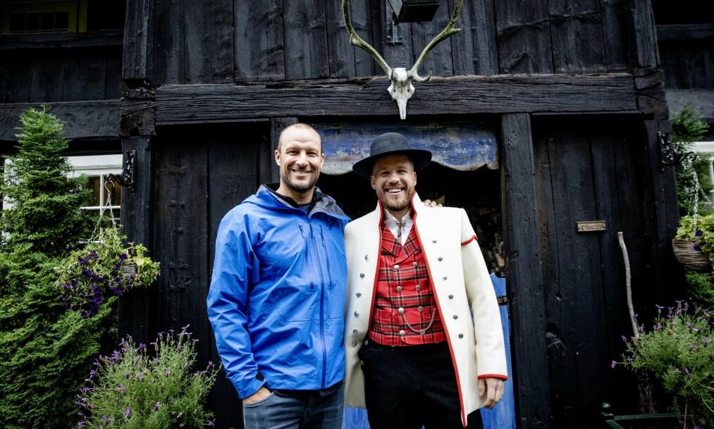 FIKK PRIS: Kjetil Jansrud og Aksel Lund Svindal på Nordgard Hågå i forbindelse med utdelingen av Peer Gynt-prisen. Foto: Nina Hansen / Dagbladet