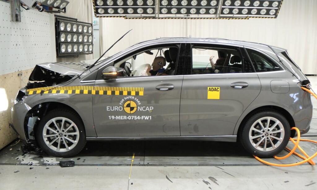 FEM STJERNER: Mercedes-Benz B-klasse får fem stjerner, sammen med storebror GLE. Foto: Euro NCAP