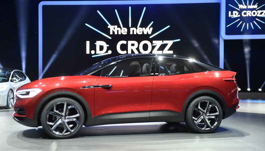 <strong>NY EL-SUV:</strong> I.D. Crozz ble for første gang presentert på den internasjonale bilutstillingen i Frankfurt for to år siden. Nå kommer den og andre biler i I.D.-familien for fullt. Foto: NTB/SCANPIX