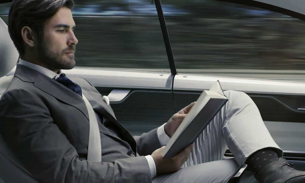 image: Advarer sterk mot selvkjørende biler