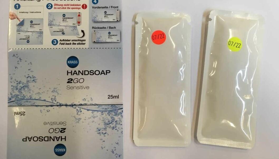 SÅPEFORKLEDNING: Emballasjen som følger med, skal bidra til å skjule posene som såpe. Foto: Tollvesenet