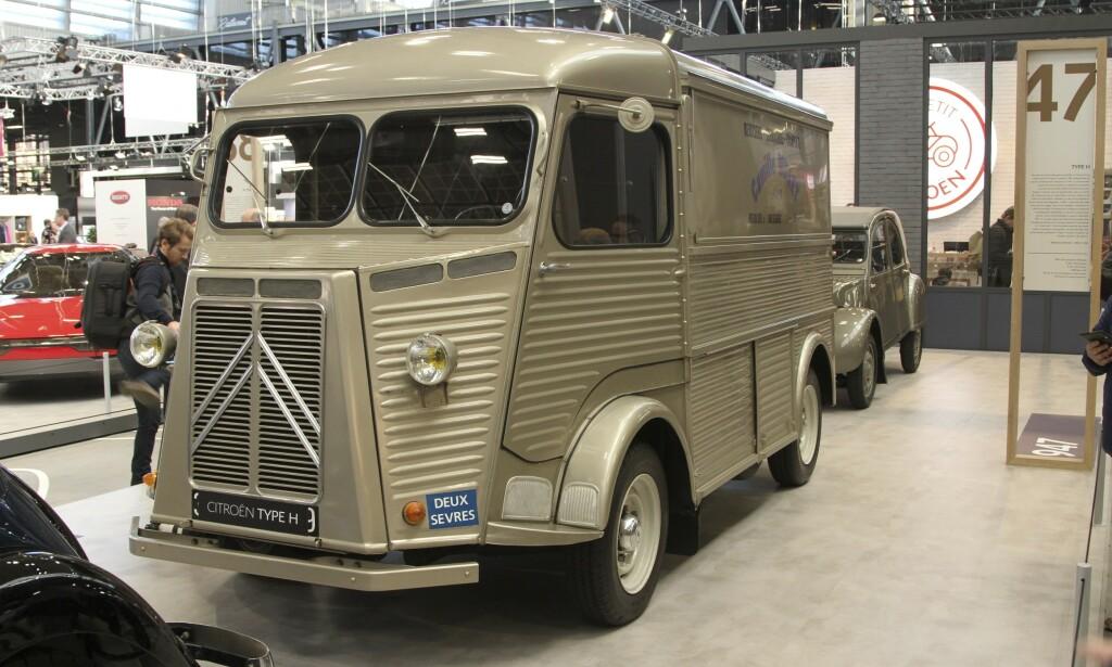 HY BOBIL: Toppen av en AK  varebil gir nødvendig ståhøyde i denne hjemmelagde varianten. Foto: Rune Korsvoll