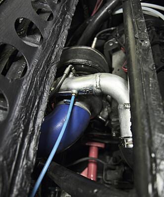 <strong>SJØLMEKK:</strong> Sven har brukt deler fra nær sagt hele bilverden for å få det slik han vil. Foto: Kaj Alver