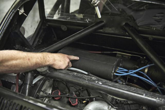 CUSTOM: Innsuget har Sven også laget selv, og det er en studie hentet fra Audi S1. Foto: Kaj Alver