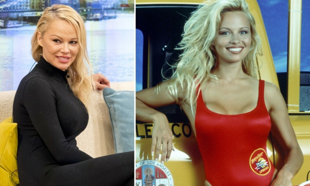IKONISK BADEDRAKT: Pamela Anderson røper frekke detaljer om den røde «Baywatch»-badedrakten i nytt intervju. Foto: NTB Scanpix