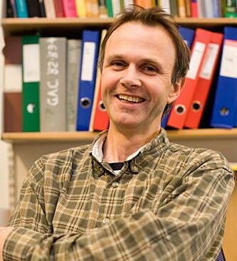 <strong>KJEMIKER:</strong> Knut Børve, instituttleder ved Kjemisk institutt, Universitetet i Bergen. Foto: UIB.