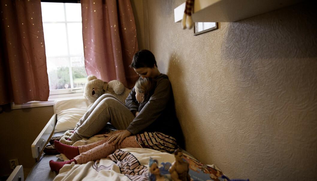 BETENT SAK: Barnevernet i Norge mener Trude er god nok mor for to av sine tre barn. Tvangsadopsjonen av hennes førstefødte ligger nå til doms i Menneskerettsdomstolen. Foto: Siv Johanne Seglem