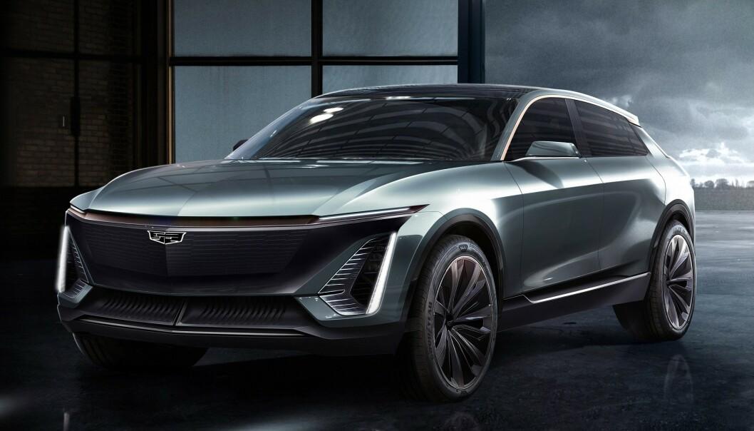 <strong>CROSSOVER:</strong> Her er den nye, elektriske amerikaneren som skal gå i strupen på Tesla. Cadillacen skal greie 64 mil under optimale forhold. Foto: Cadillac