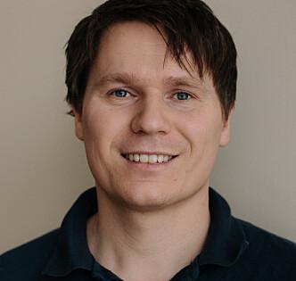 EKSPERT: Morten Johannessen har jobbet med føtter i mange år ved Nemus i Oslo. Foto: Nemus
