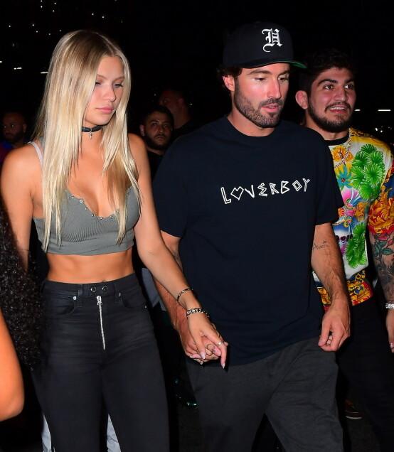 MED SIN NYE FLAMME: Også Kaitlynns fraseparerte ektemann, Brody Jenner, kom hånd i hånd med sin nye flamme på VMAs etterfest. Foto: NTB Scanpix