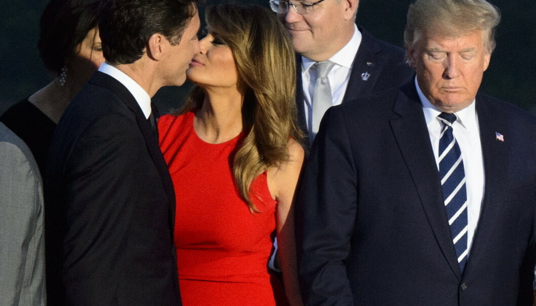INTIMT?: Da Melania Trump skulle hilse på den kanadiske statsministeren Justin Trudeau i helgen, så det ut som det gikk hett for seg. Det koser internetts hobbykomikere seg stort med nå. Foto: NTB scanpix