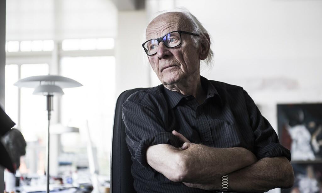 - SKANDALØST: Kunstner Håkon Bleken er sterkt kritisk til det offentliges behandling av kunst. Foto: Lars Eivind Bones / Dagbladets bildearkiv