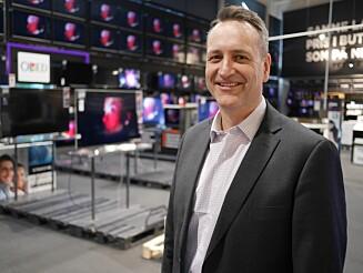 TROR SALGET VIL ØKE: Administrerende direktør i Stiftelsen Elektronikkbransjen Jan Røsholm tror salget av mikromobilitetsprodukter vil øke i tiden fremover. Foto: Stian Sønsteng.