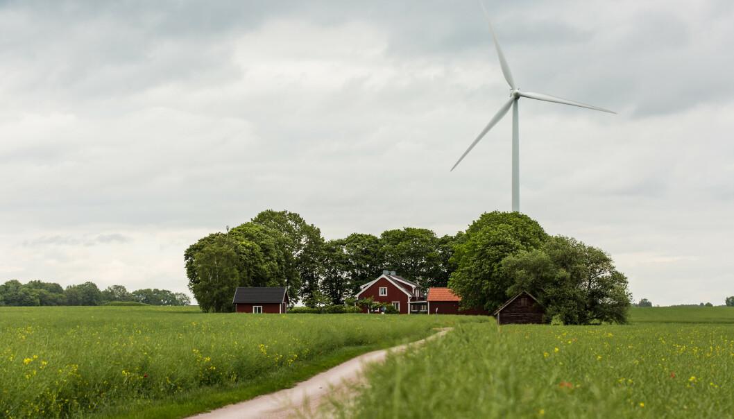 <strong>NABOSTØY:</strong> En høy, bråkete vindmølle rett ved huset ditt er blant eksemplene på hva som kan senke boligverdien. Foto: Shutterstock/NTB Scanpix.