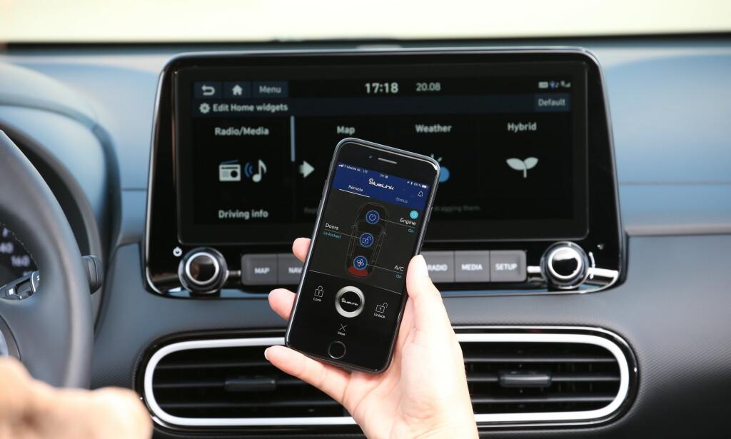 STØRRE: Berøringsskjermen har økt fra 8 til 10,25 tommer widescreen og tilbyr en rekke live-tjenester. Foto: Hyundai