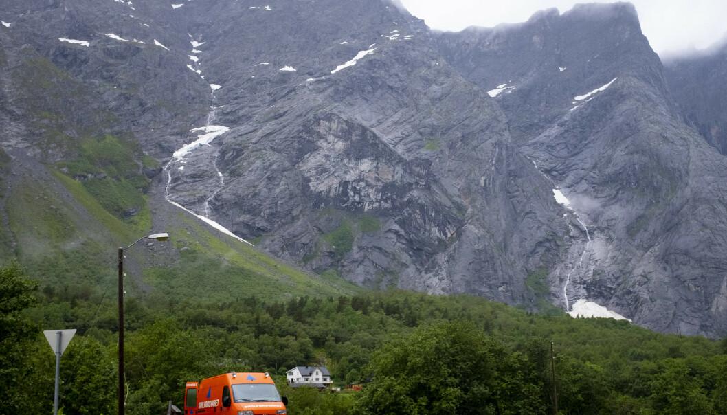 Det er 16. gang beboerne under Veslemannen blir evakuert. Dette bildet er tatt i juli i år. Foto: Fredrik Hagen / NTB scanpix