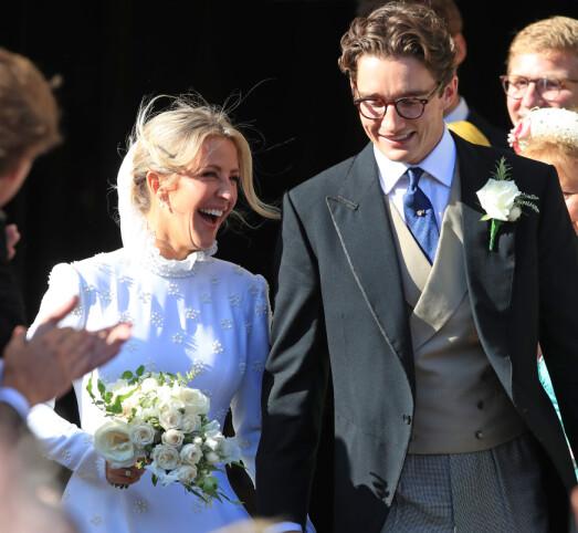 <strong>STRÅLTE:</strong> Bruden strålte i brudekjolen fra motehuset Chloé, og artisten har selv vært svært involvert i designet. Foto: NTB Scanpix