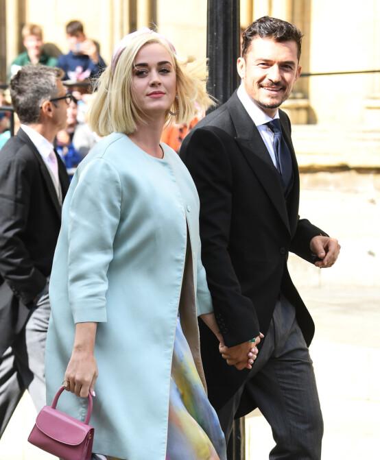 <strong>KJENT PAR:</strong> Artist Katy Perry kom sammen med sin forlovede, skuespiller Orlando Bloom. Foto: NTB Scanpix
