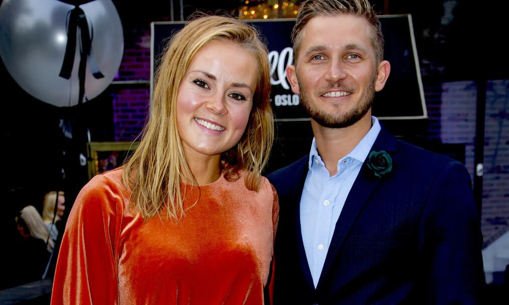 TO BLIR TIL TRE: Helene Olafsen og Jørgen Nilsen har vært kjærester siden august i fjor. Nå blir de foreldre for aller første gang. Foto: Tore Skaar / Se og Hør