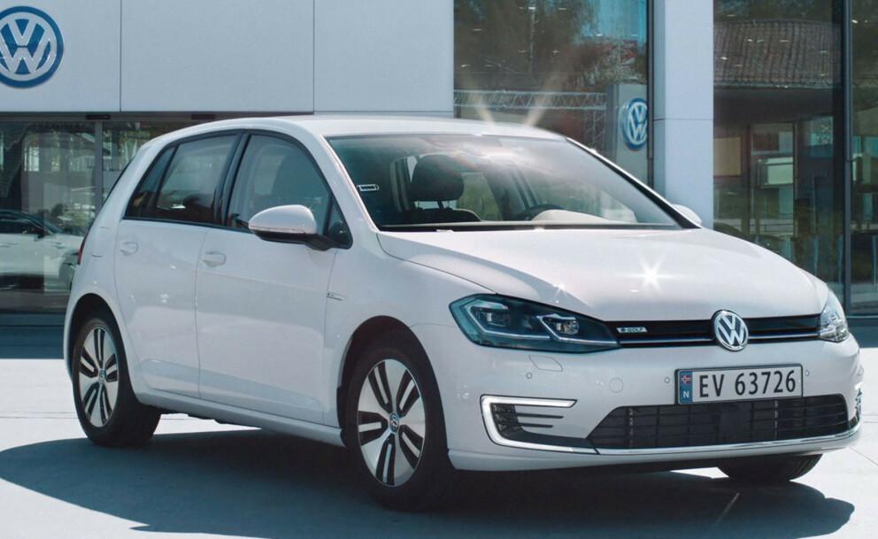 BILLIGERE OG BEDRE: VW lanserer en Exclusive-modell av e-Golf til en lavere pris en dagens standardmodell. Foto: VW