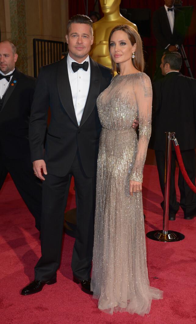 TOK SLUTT: Brad Pitt og Angelina Jolie var kjærester i 12 år, og gift i to av dem. Foto: NTB scanpix