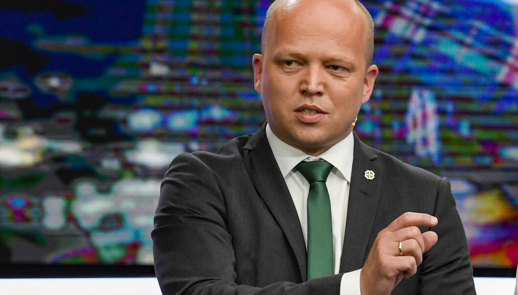 Trygve Slagsvold Vedum (Sp) fikk kritikk fra Siv Jensen (Frp) under partilederdebatten onsdag. Foto: Marit Hommedal / NTB scanpix