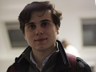 - DET SÅRET MEG: FpU-representant Armin Braimi beklager AUF for å ha hisset opp elevene, som resulterte i at det «gikk over grensen». Foto: Privat