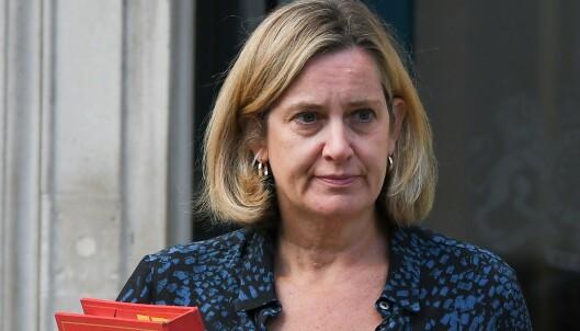 Nytt nederlag for Boris Johnson - minister går av