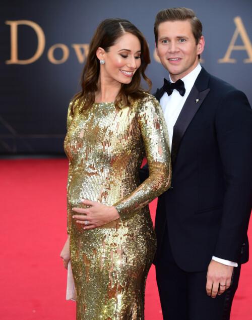 SKAL BLI FORELDRE: Skuespilleren kunne avsløre at kona allerede er fem måneder på vei. Foto: NTB Scanpix
