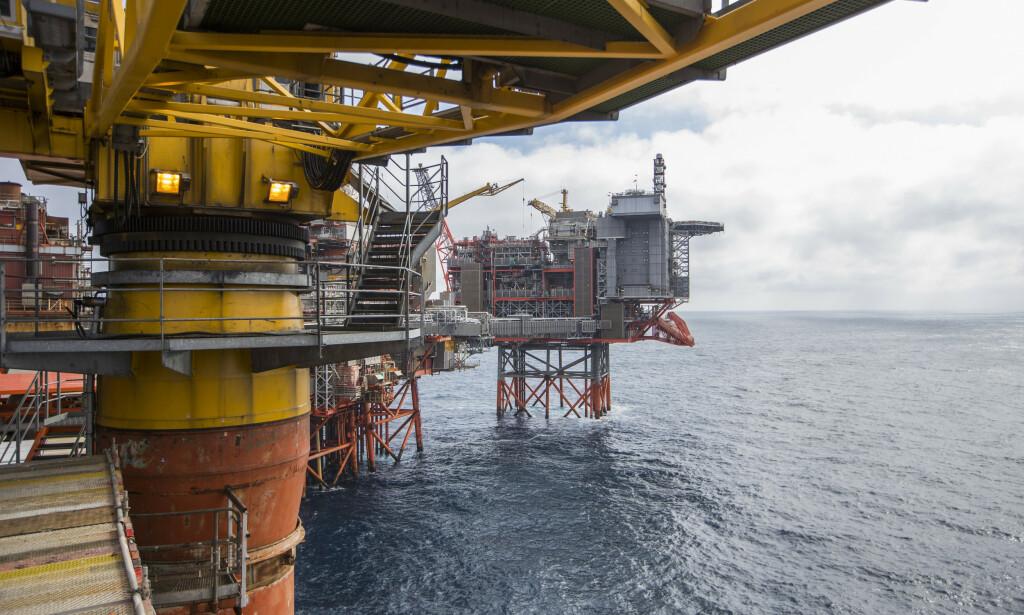 VERDEN MÅ OMSTILLES: Det forutsetter at brorparten av det kjente oljereservene blir liggende. Det kan ikke Frp bestride. Derfor unngår de å nevne det, skriver innsenderen. Foto: Håkon Mosvold Larsen / NTB scanpix