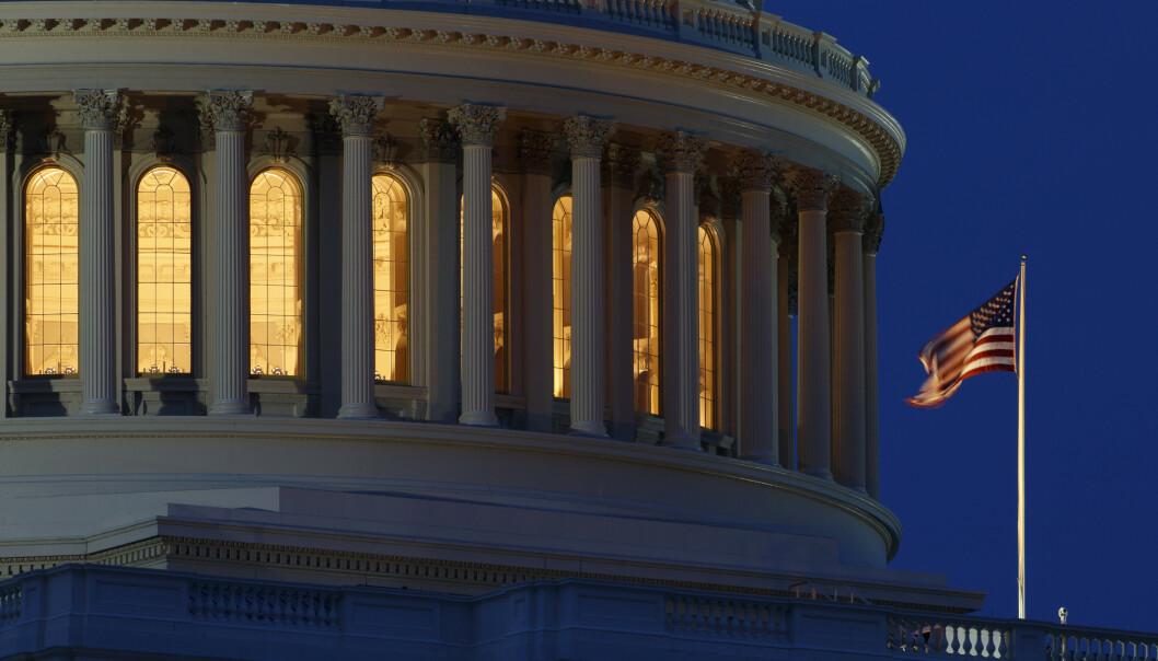 USAs budsjettunderskudd passerte 1.000 milliarder dollar