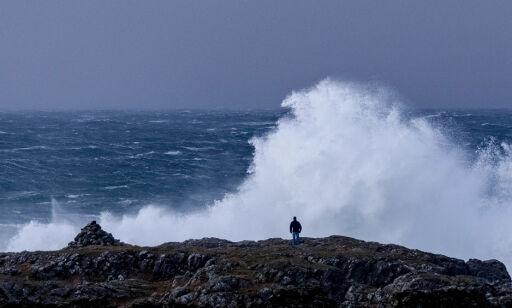 image: Varsler flom, jordskred, kraftig regn, vind og snø