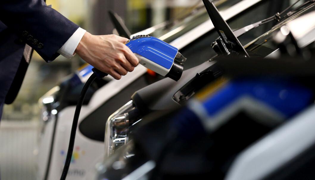 <strong>FASTSTOFF:</strong> Ny batteriteknologi skal gjøre lading av elbil til en betydelig raskere affære. Foto: Reuters