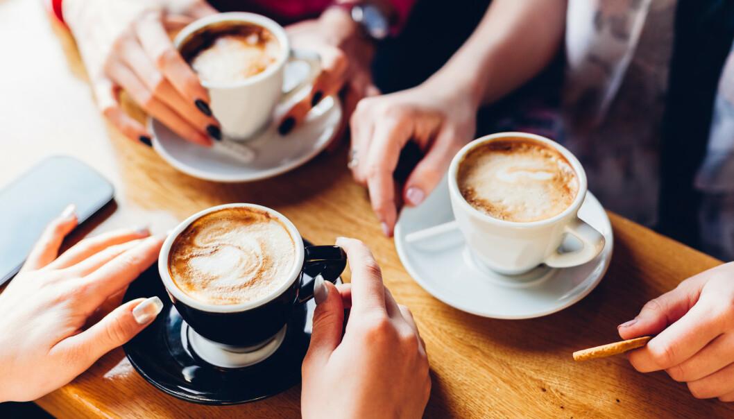 KAFFEMYTER: Det er likevel mange myter som florerer rundt den drikken de fleste av oss drikker opptil flere ganger om dagen. FOTO: NTB Scanpix