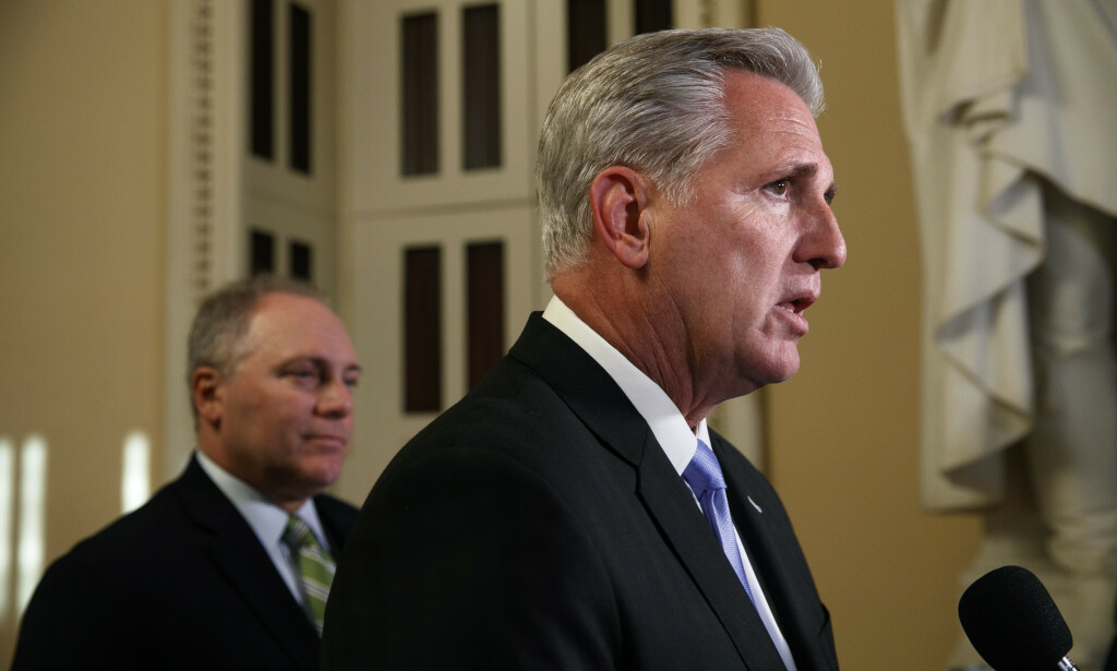 Republikaneren Kevin McCarthy er ikke fornøyd med Pelosis beslutning. Foto: AP / NTB scanpix