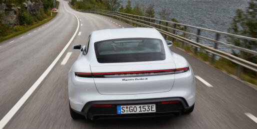 Test av Porsche Taycan på Norske veier - en fullblods elektrisk sportsbil