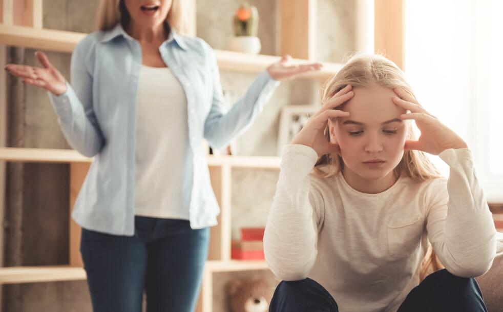 <strong>VANLIGE KONFLIKTOMRÅDER:</strong> Husarbeid og lange dusjer er bare noe av det som kan skape konflikt mellom foreldre og tenåringer. FOTO: NTB Scanpix