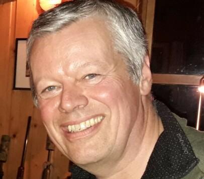 LEDER TRØNDELAG HØYRE: Anders Kiær (62) er fungerende leder og valgt nestleder i Trøndelag Høyre, samt kommunestyrerepresentant i Grong. Foto: Privat