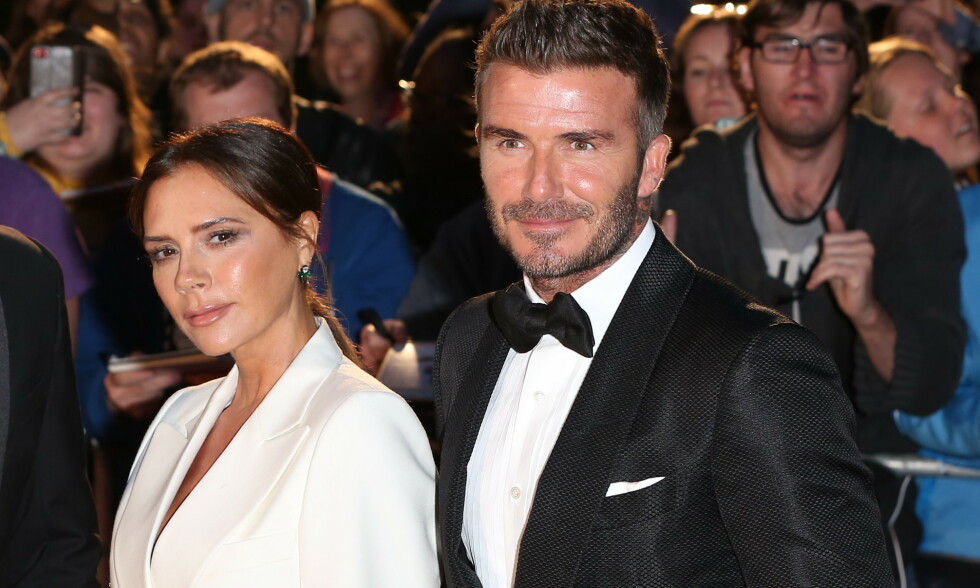 LYKKELIGE SAMMEN: I 20 år har Victoria og David Beckham vært gift. Her er de sammen under årets GQ Men of the Year Awards i april. Foto: NTB Scanpix