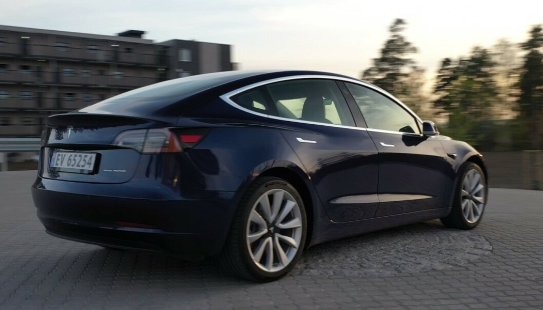 TAR FLEST TESLAER: Det er hovedsakelig Teslaer som blir tyvlånt, ifølge politiet. Foto: Fred Magne Skillebæk. (Illustrasjonsbilde).