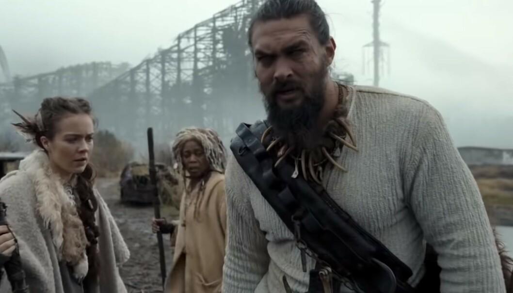 SEE: Jason Momoa, spiller hovedrollen i serien See, hvor alle på jordkloden er blinde. Foto: Youtube.