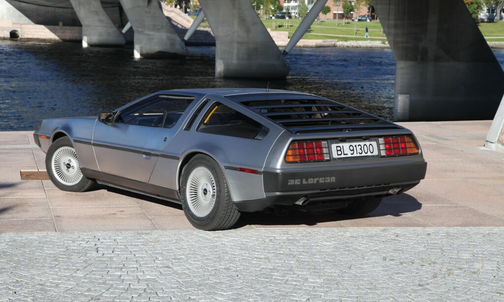 INSPIRERT: Giorgetto Giugiaro har designet biler for Ferrari og Maserati. Hans tegnehånd var heldig også med DMC-12. Visse likheter med andre Giugiaro-biler som BMW M1 og Lotus Esprit er også synlig. Foto: Knut Arne Marcussen