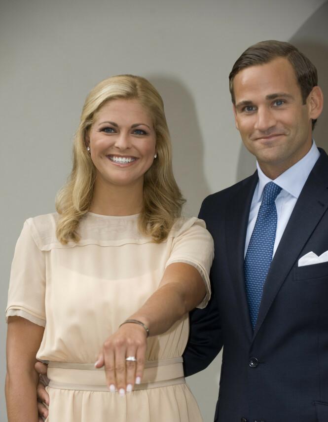 UTROSKAPSSKANDALE: I 2009 ble prinsesse Madeleine og Jonas Bergström forlovet. Året etter ble han tatt i å være utro, og forholdet falt fra hverandre. Fire år seinere smilte imidlertid lykken for den svenske prinsessen igjen, da hun giftet seg med Chris O'Neill. I dag er hun trebarnsmor. Foto: NTB Scanpix