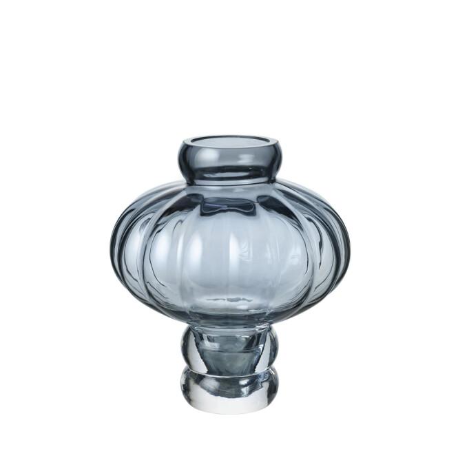Vase (kr 825, Louise Roe). FOTO: Produsenten