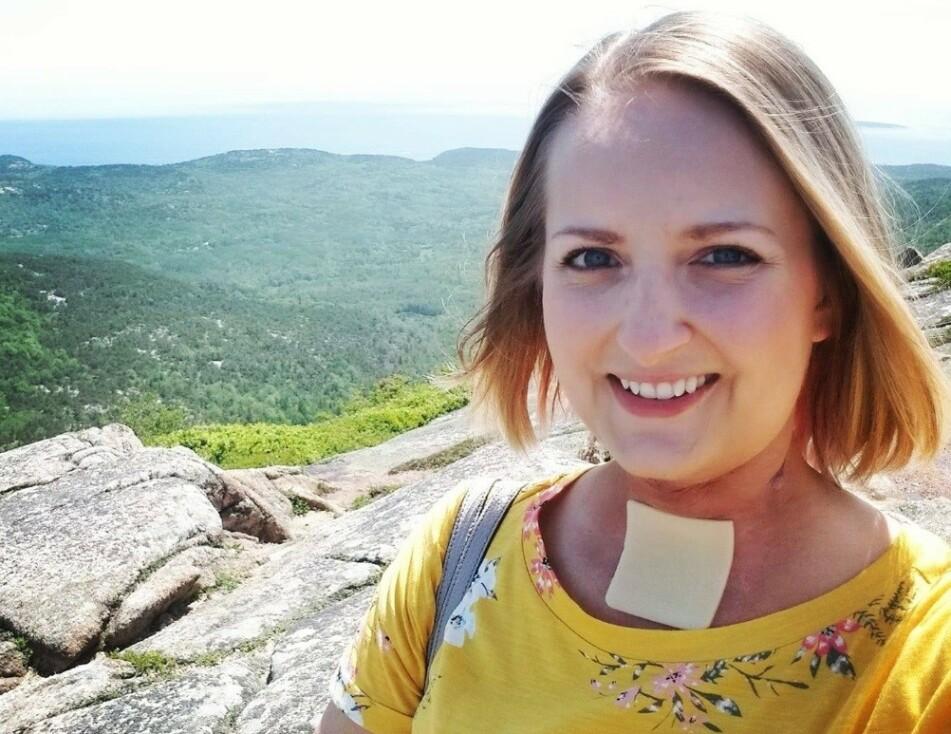 KREFT: Den 32 år gamle læreren Ashley Ann Kuzma fra Pennsylvania gikk bort 22. september som følge av strupekreft. FOTO: Skjermdump Facebook