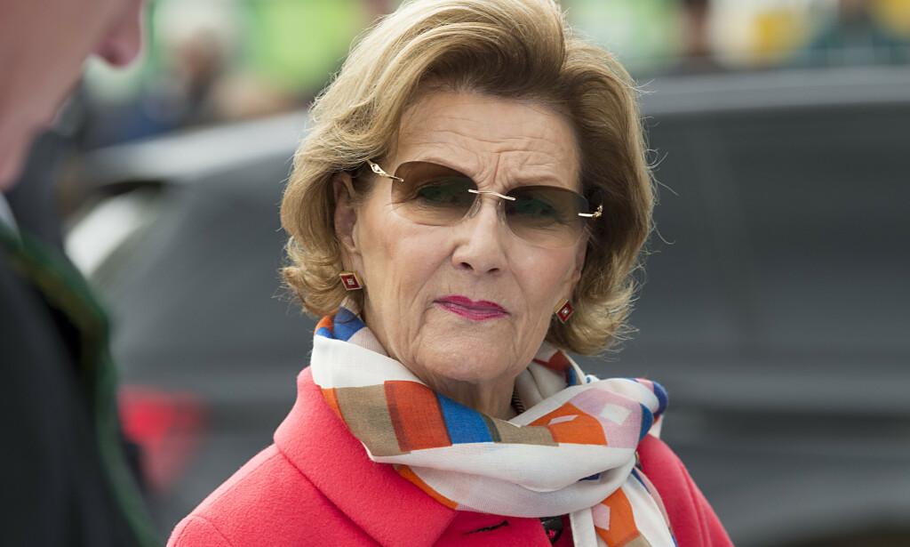 SYK: Dronning Sonja må avlyse en jobb tilrsdag kveld som følge av en infeksjon. Foto: NTB Scanpix