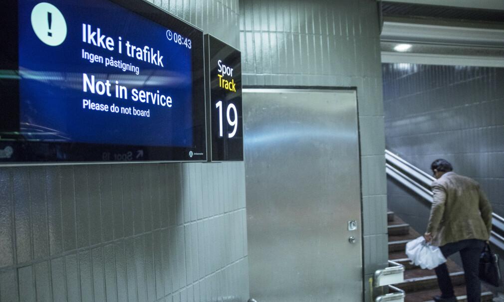 FULL TOGSTANS: Alle tog, i tillegg til en del annen kollektivtransport, står på grunn av streik i to timer på torsdag. Foto: NTB Scanpix