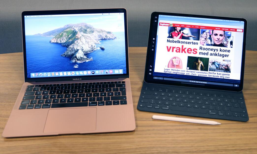 <strong>IPAD SOM EKSTRA SKJERM:</strong> En av nyhetene i macOS Catalina er at du kan koble til og bruke en iPad som ekstra skjerm. Foto: Kirsti Østvang