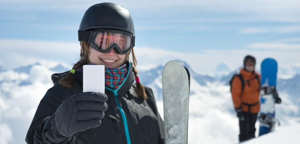 image: Spar nesten 4000 kroner på å kjøpe sesongkort nå